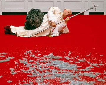 Maurizio-Cattelan_papa_meteor