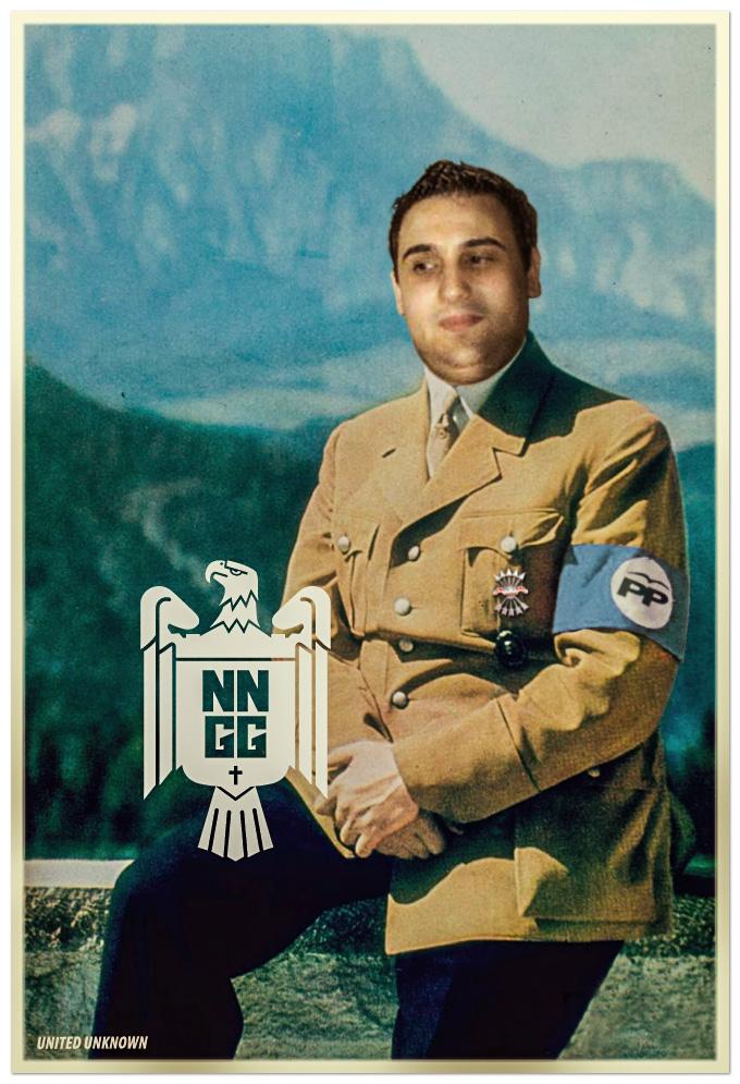 El presidente de las Nuevas Generaciones de Xàtiva, Xesco Sáez, posando en el Valle de los caídos